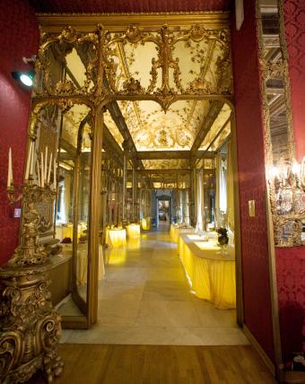 Roman luxury